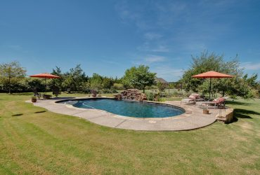For Sale 607 Sandwood Ct, Weatherford, TX
