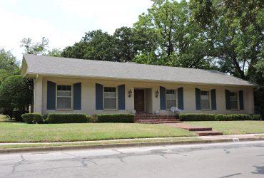 For Sale 510 S Waco Street