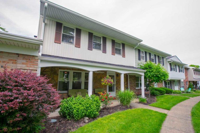 2150-beechtree-drive-uniontown-oh-44685-front-2