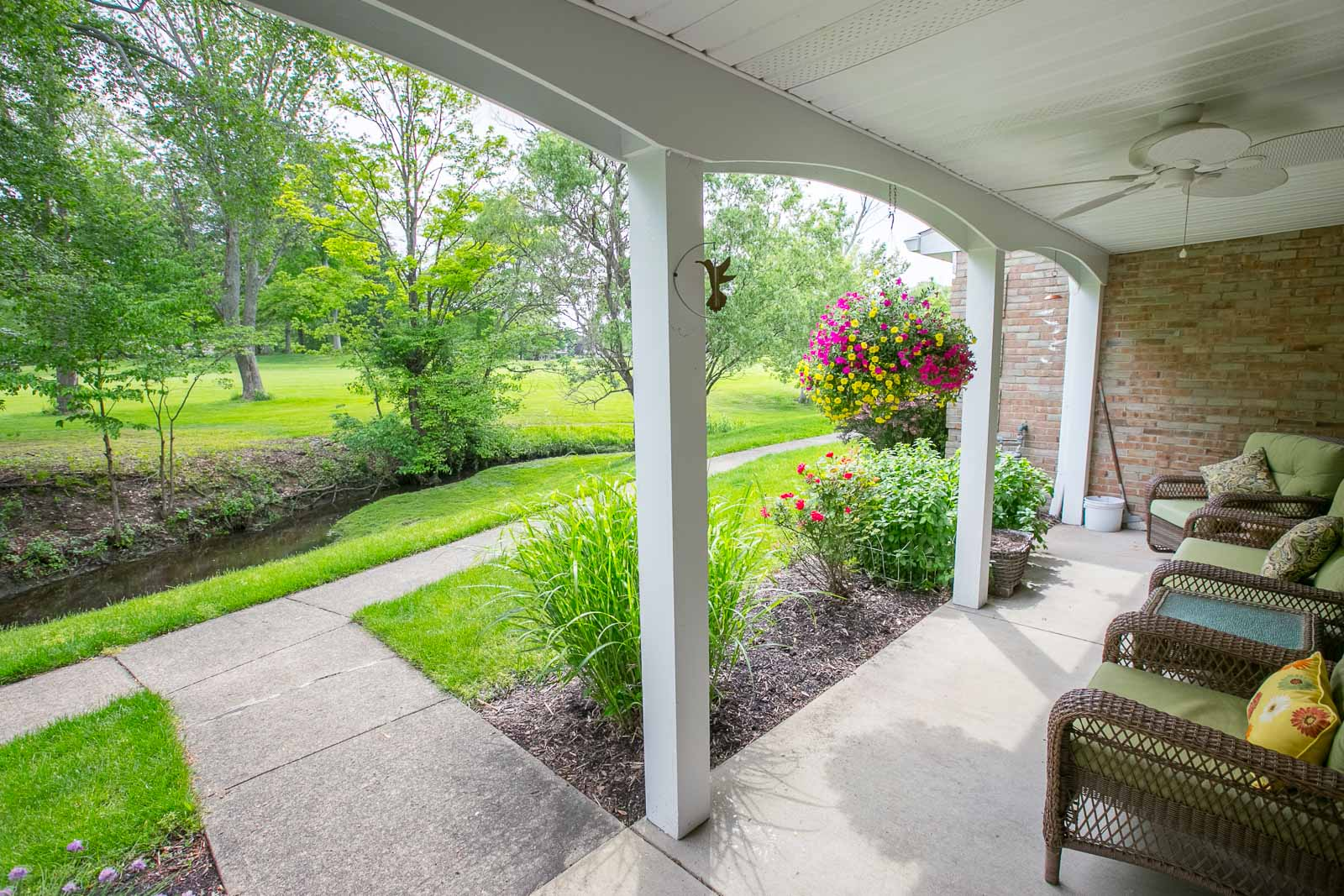 2150 Beechtree, Uniontown, OH 44685