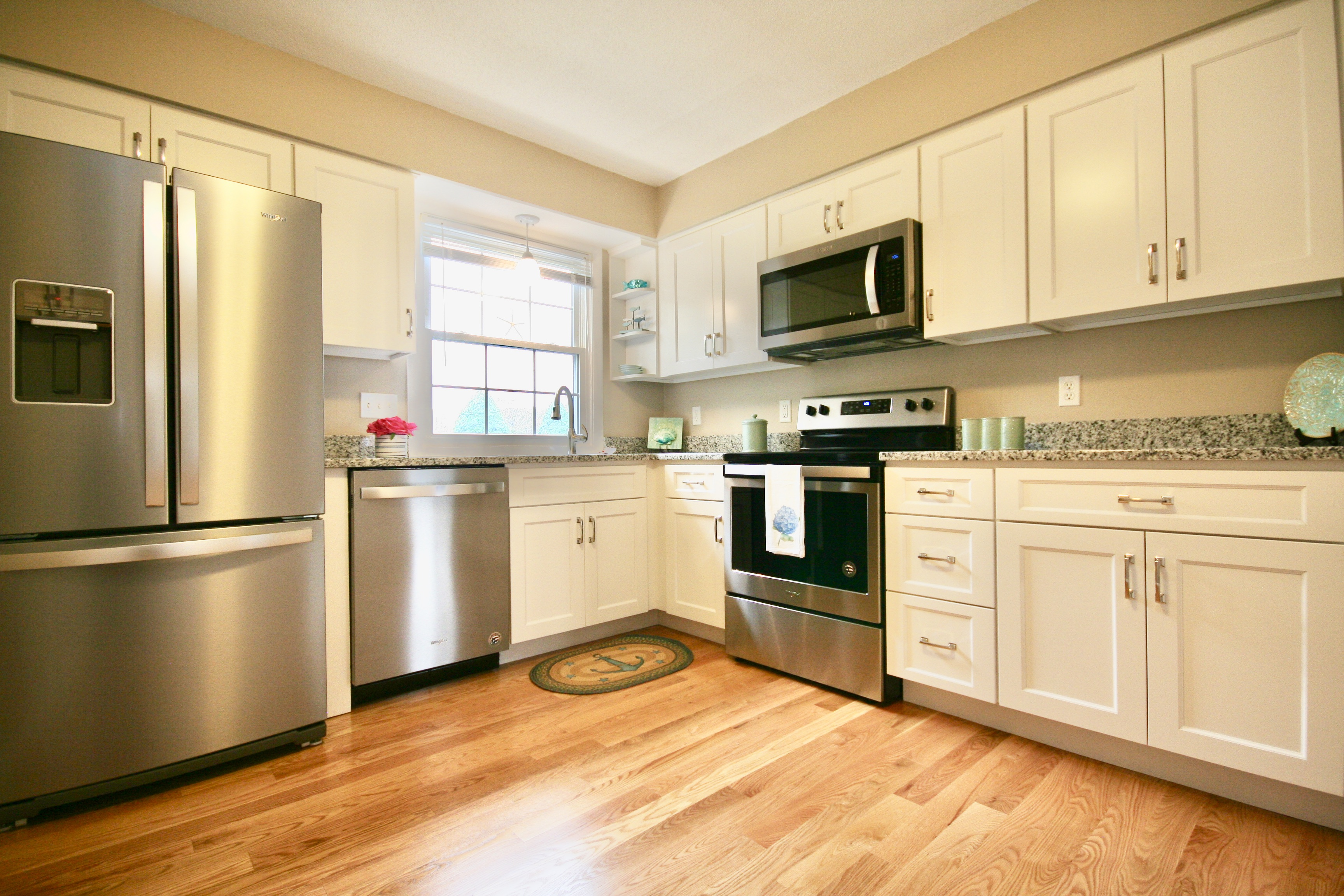 231 Route 28, West Harwich, MA 02671