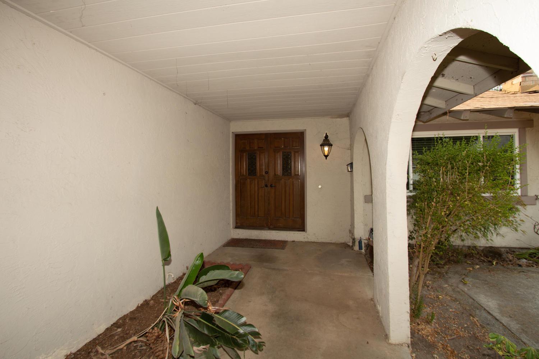 8370 Foxfire Drive front porch