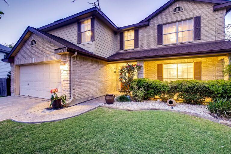 3529 Hamilton Place Schertz TX - Web Quality - 002 - 04 Exterior Front