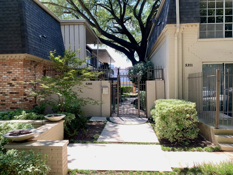 5311 Fleetwood Oaks #267 Dallas - TheCondoGuy.com - 1 (1)