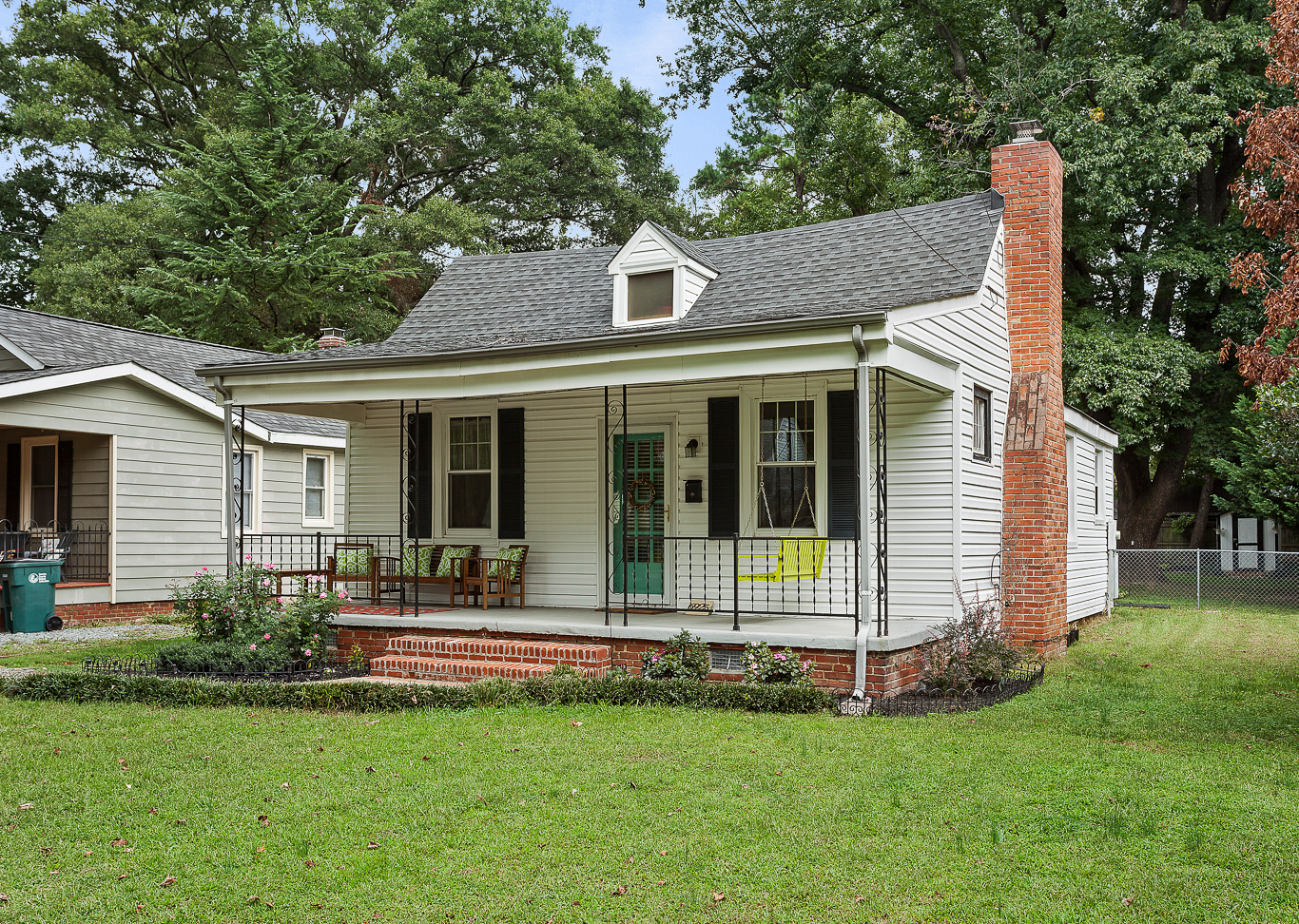 Charming home in Lakeside @ 6925 Woodrow Terrace