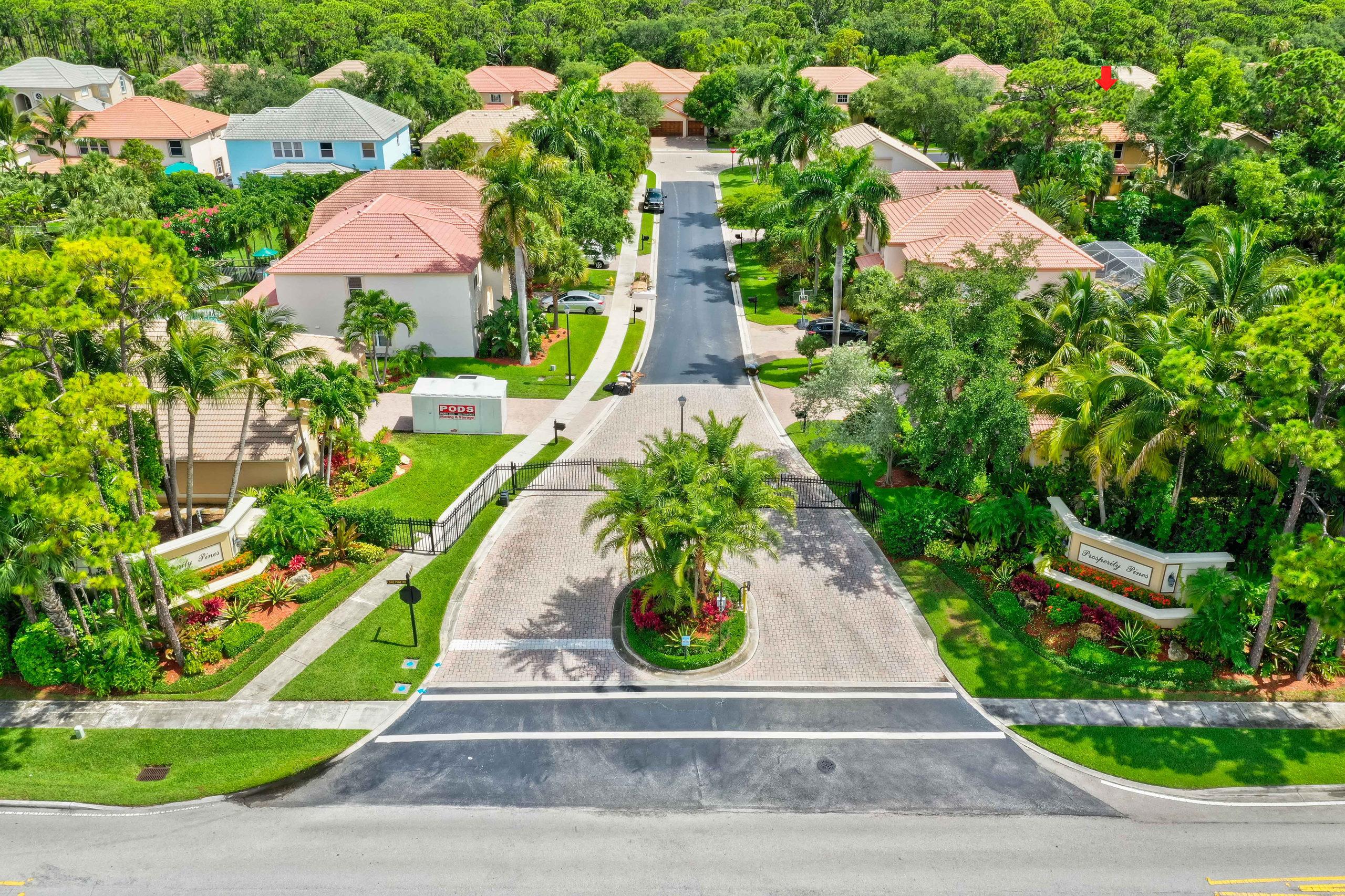 195 Lone Pine Dr, Palm Beach Gardens, FL 33410