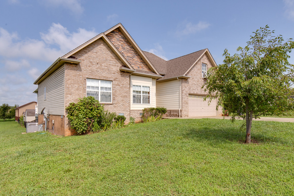 403 Coker Ford Road, Portland, TN 37148