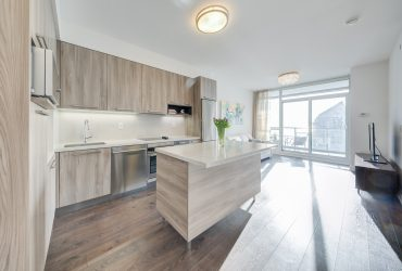 LEASED IN A WEEK WITH 3 OFFERS! 1 Bedroom+Den Condo at Park Lawn and Lake Shore