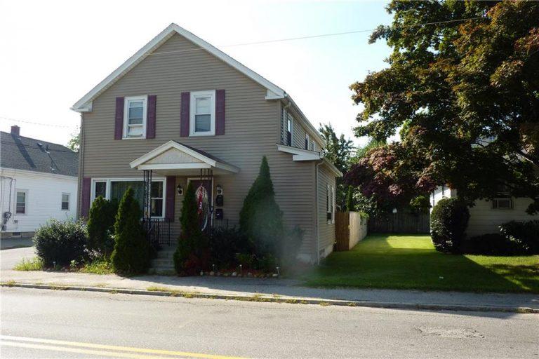 22 Randall Street, Cranston, Rhode Island 02920