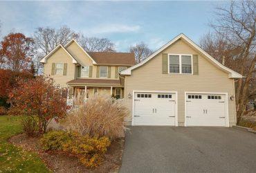For Sale 101 Chicory Lane, Cranston, RI 02921