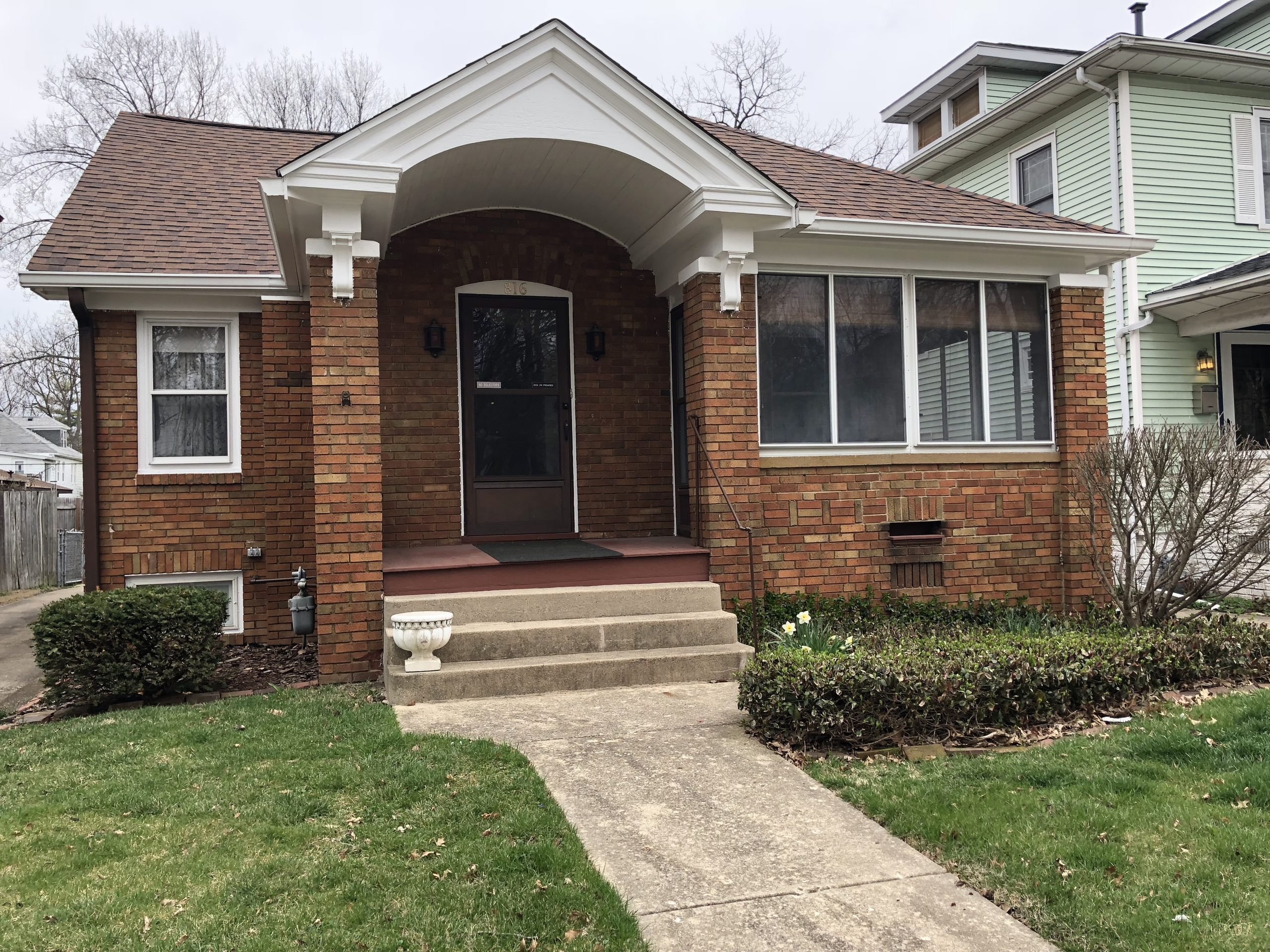 816 S State St, Springfield, IL 62704