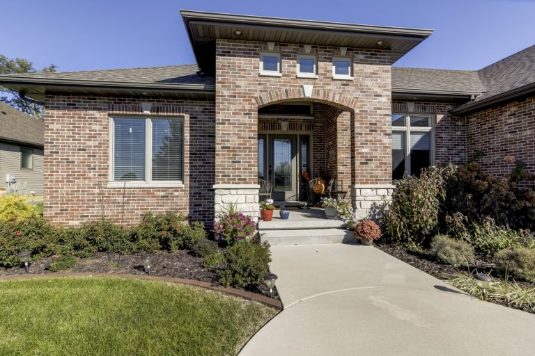 1809_forest_glen_Chatham_il_shelley_berendt_realtor