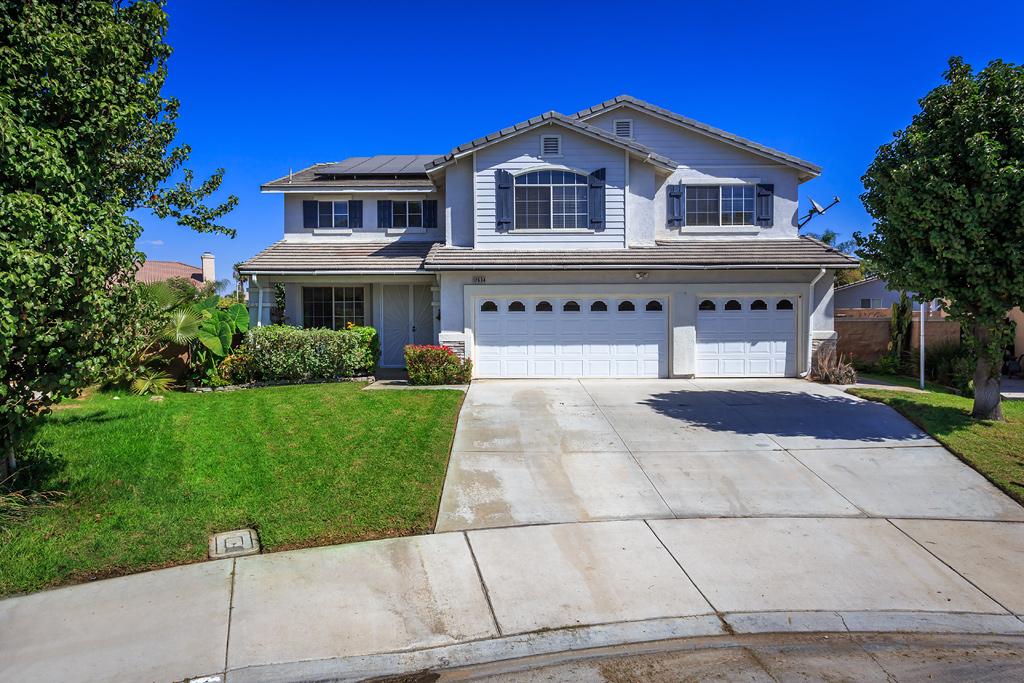 12634 Thoroughbred Ct, Eastvale, CA 92880