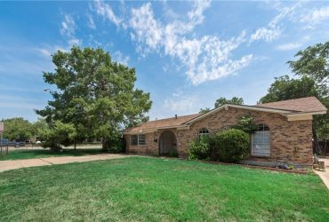 2524 Denbury Drive, Fort Worth, TX 76133