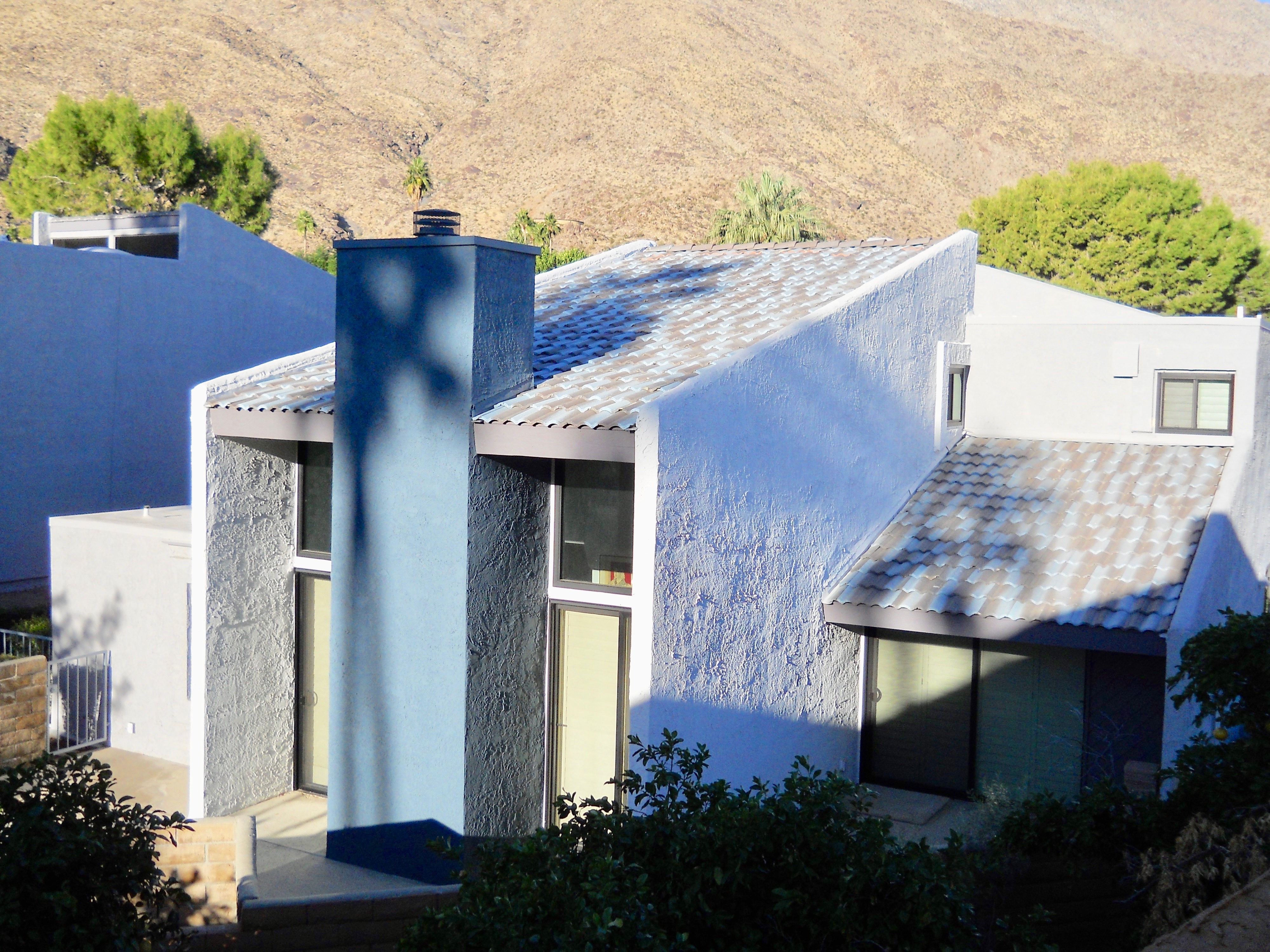 Updated Townhouse For Sale – South Palm Springs, CA