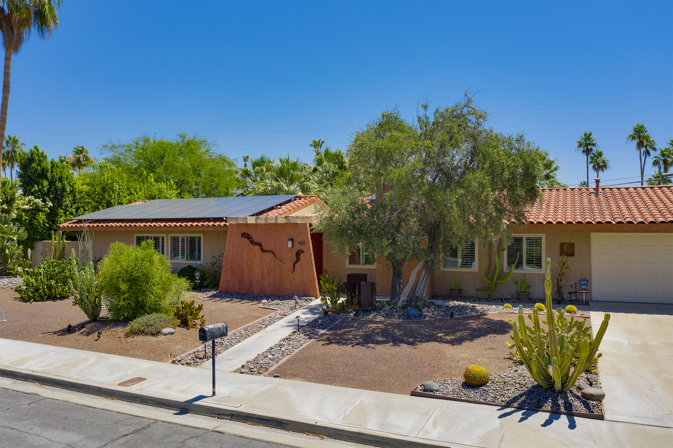 400 N. Orchid Tree Lane, Palm Springs, CA 92262