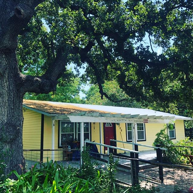 208 Austin St., McDade, TX 78650