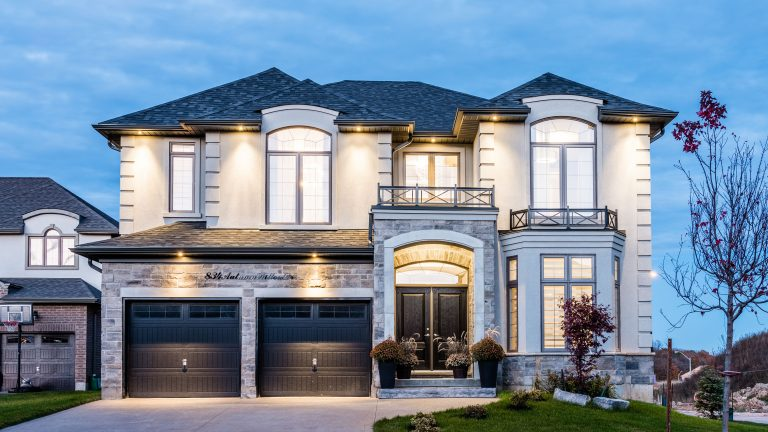 834autumnwillowdrive-front1