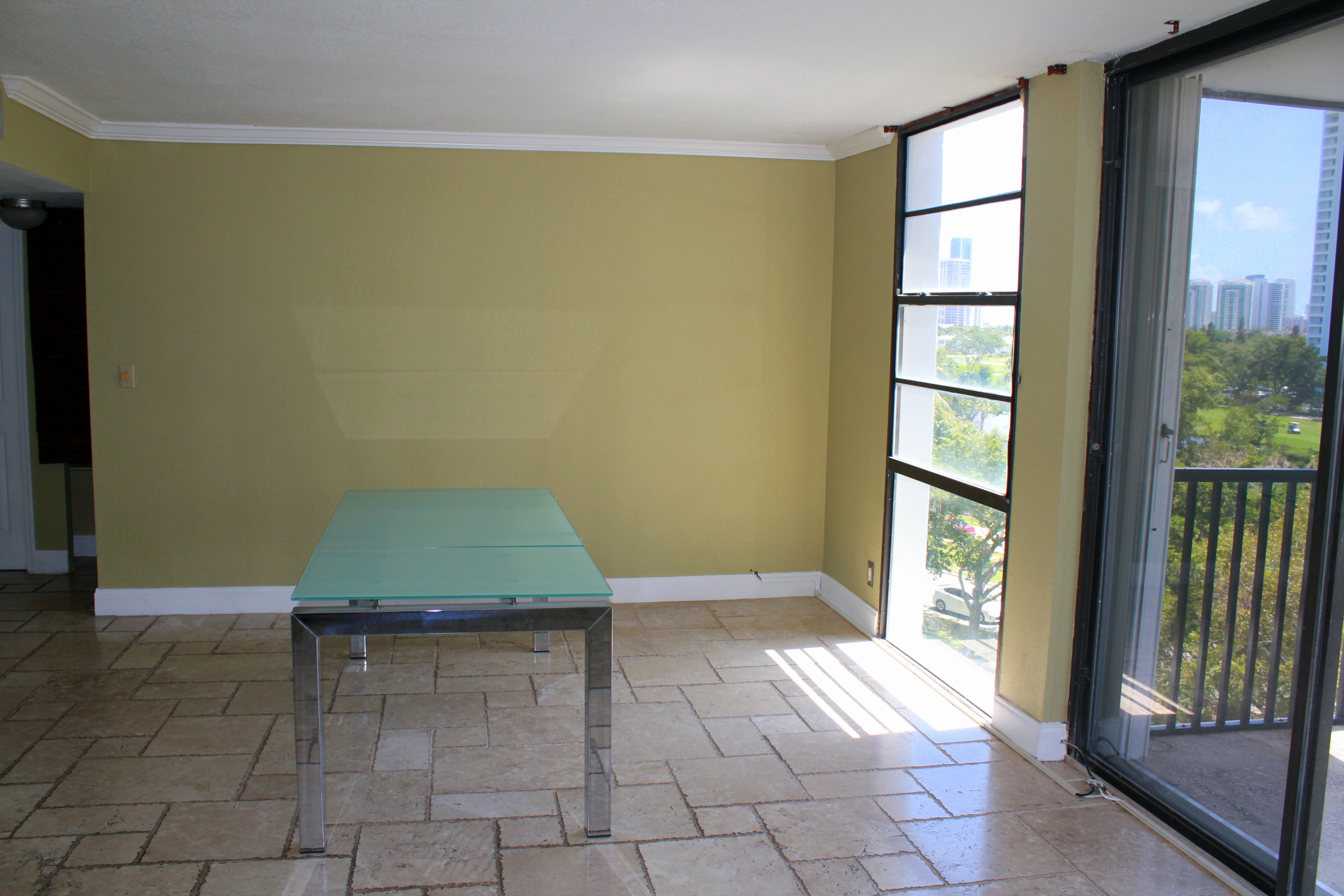 Gorgeous 2/2 for Rent in the heart of Aventura