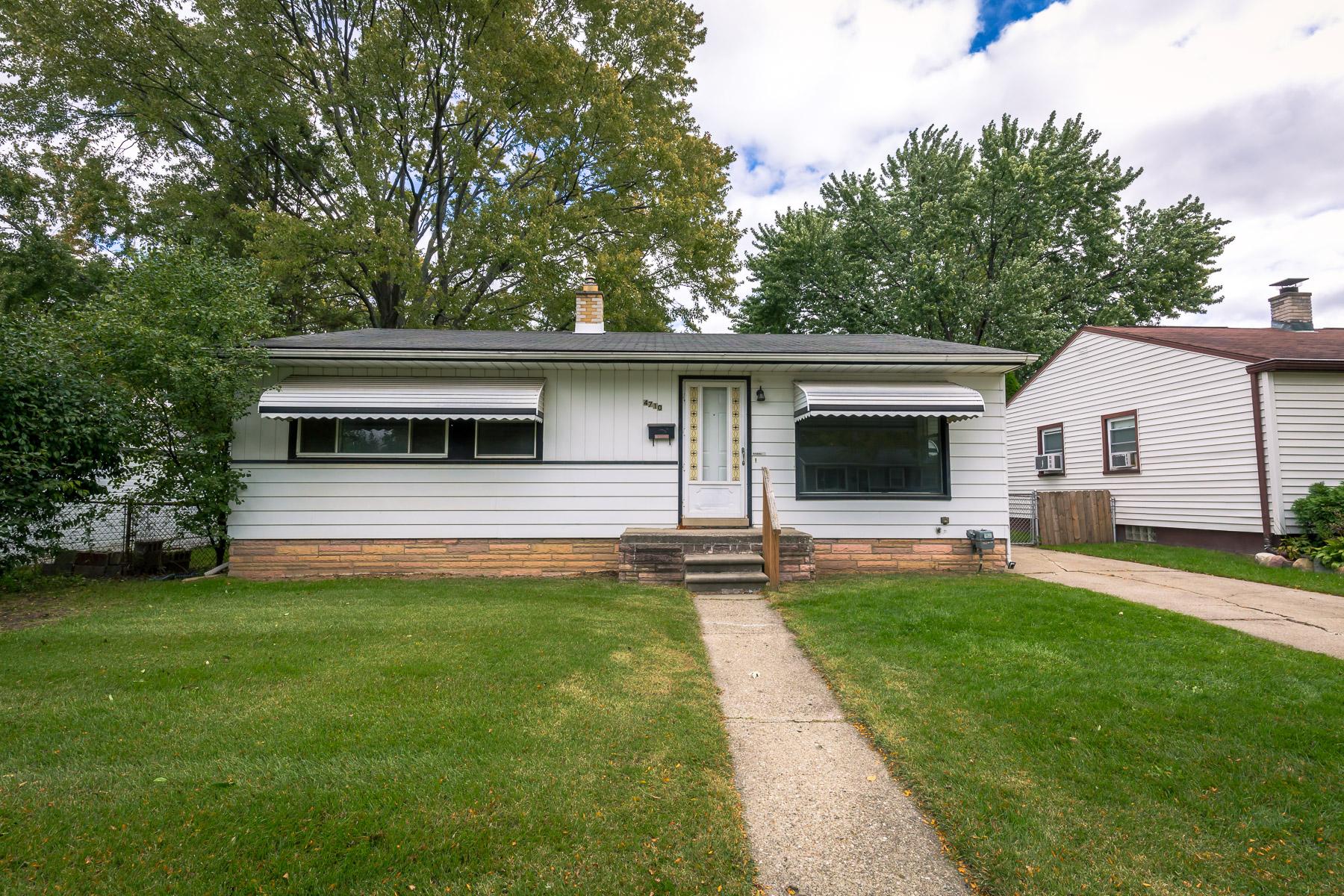 4710 Thorncroft Ave, Royal Oak, MI