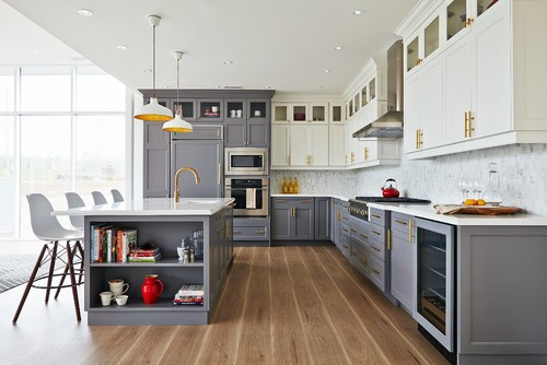 two-toned-cabinets
