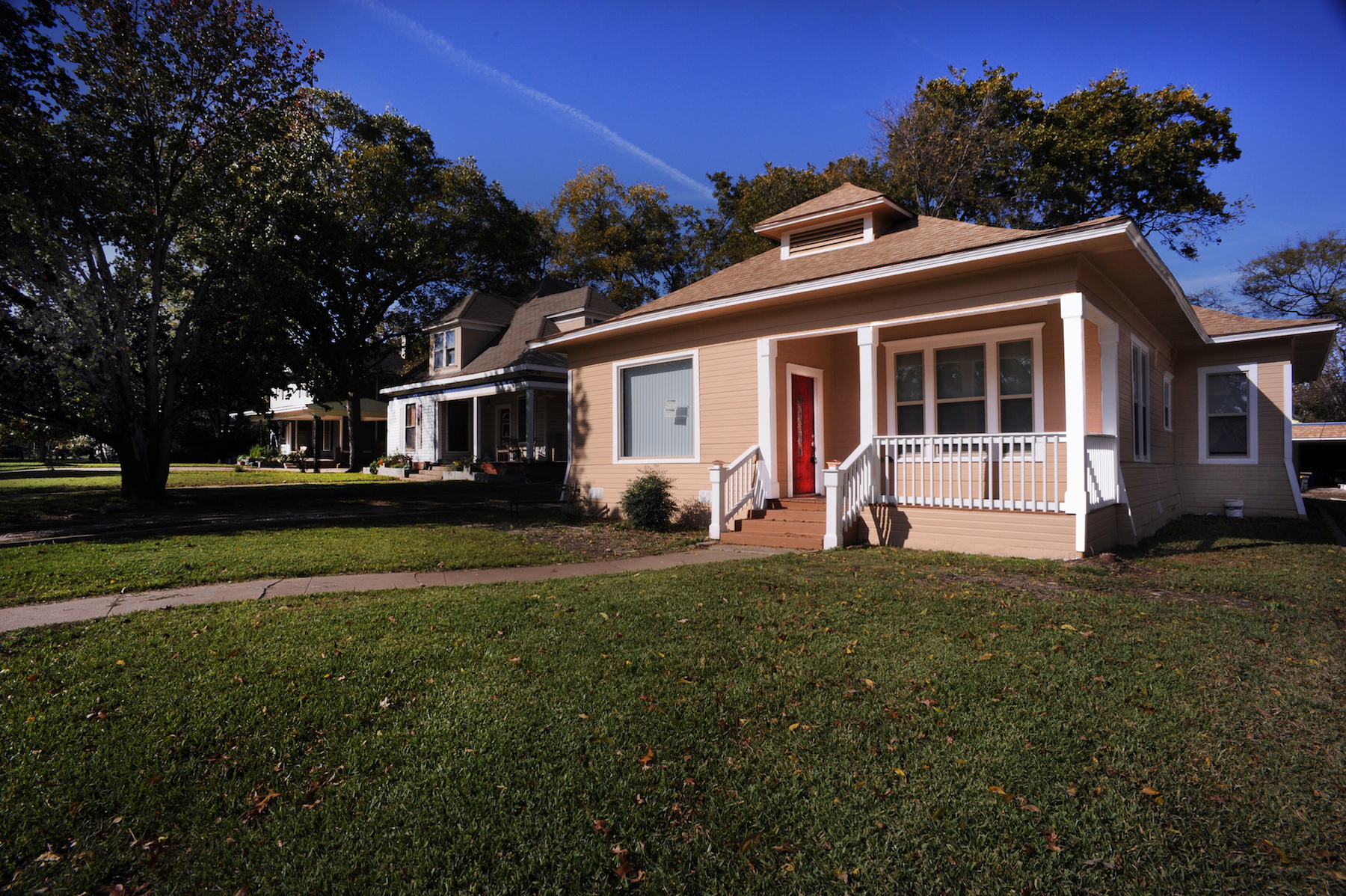 Fully Renovated 3/2, Purchase or Lease to Own Residence