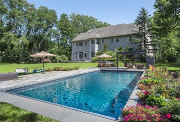 Stately colonial with Amazing Lower Level