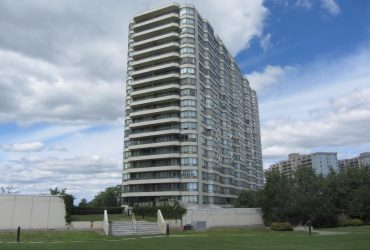 3 Greystone Walk Dr unit 433, Scarborough, ON M1K 5J3