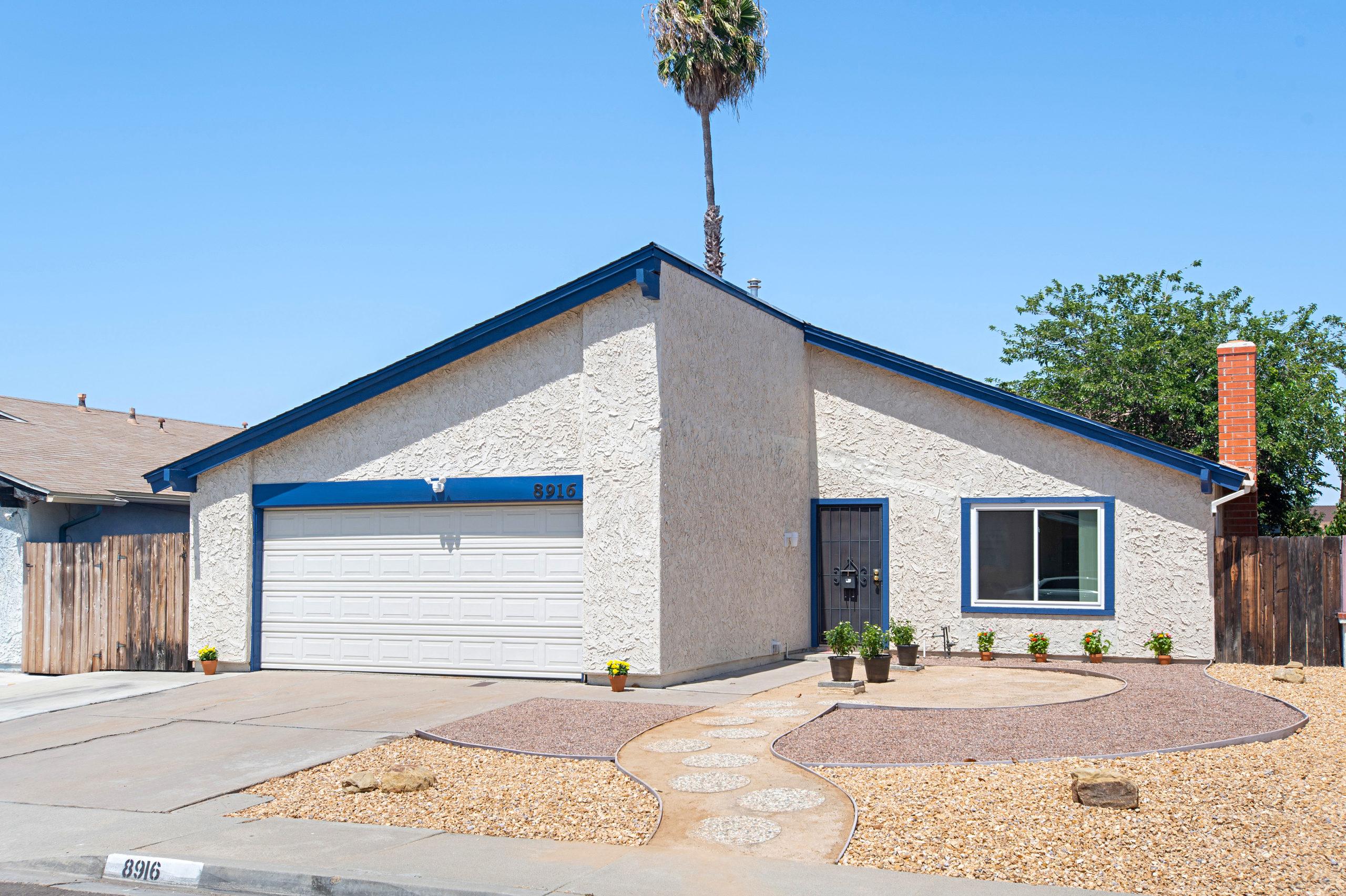 8916 Canis Lane, San Diego, CA 92126