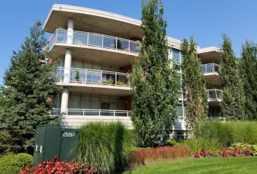 125 Wilson Street West Ancaster 1034 SqFt Gorgeous Condo