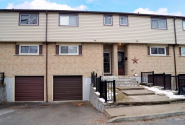 #26-1550 Garth Townhome West Mountain Hamilton