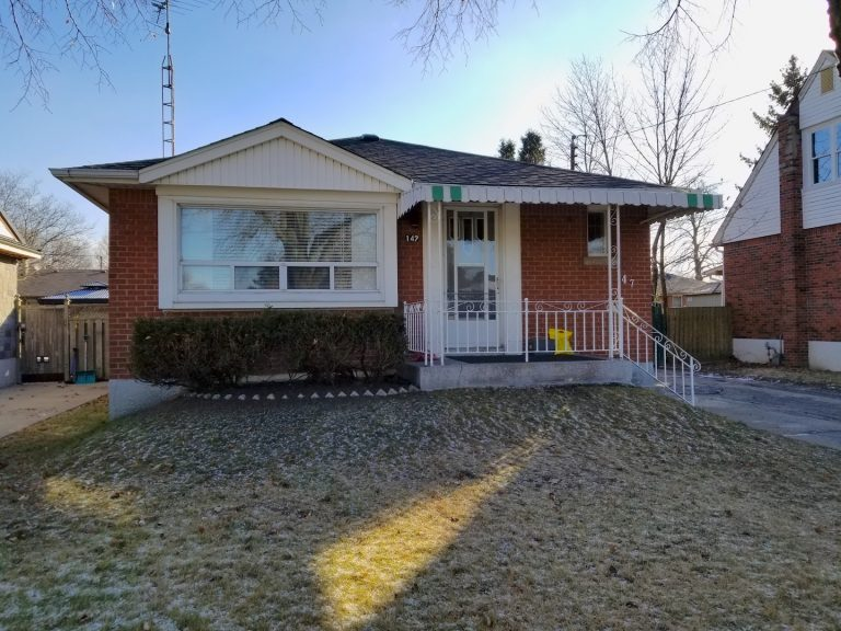 147 East 45th Street 1 Storey Detached Bungalow For Sale Laura Doucette Sutton