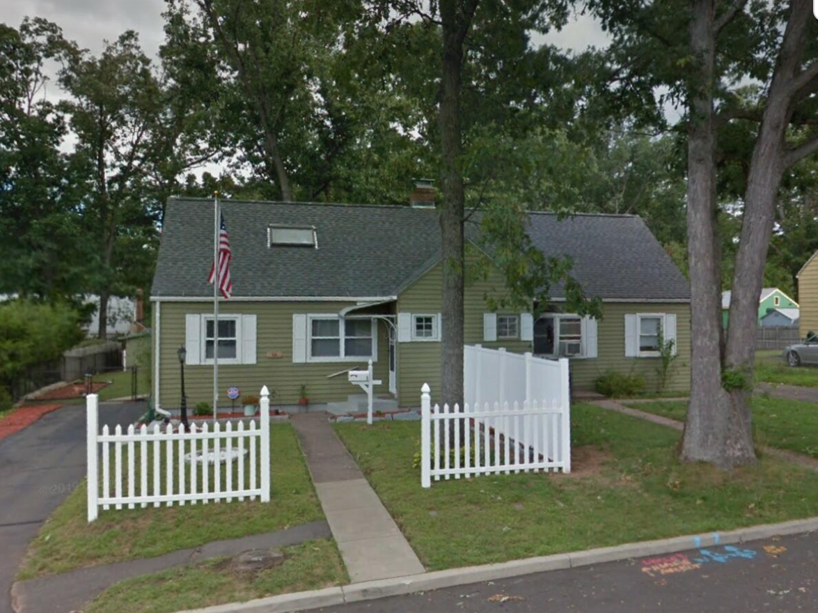 66 Lockwood St Manchester CT 06040