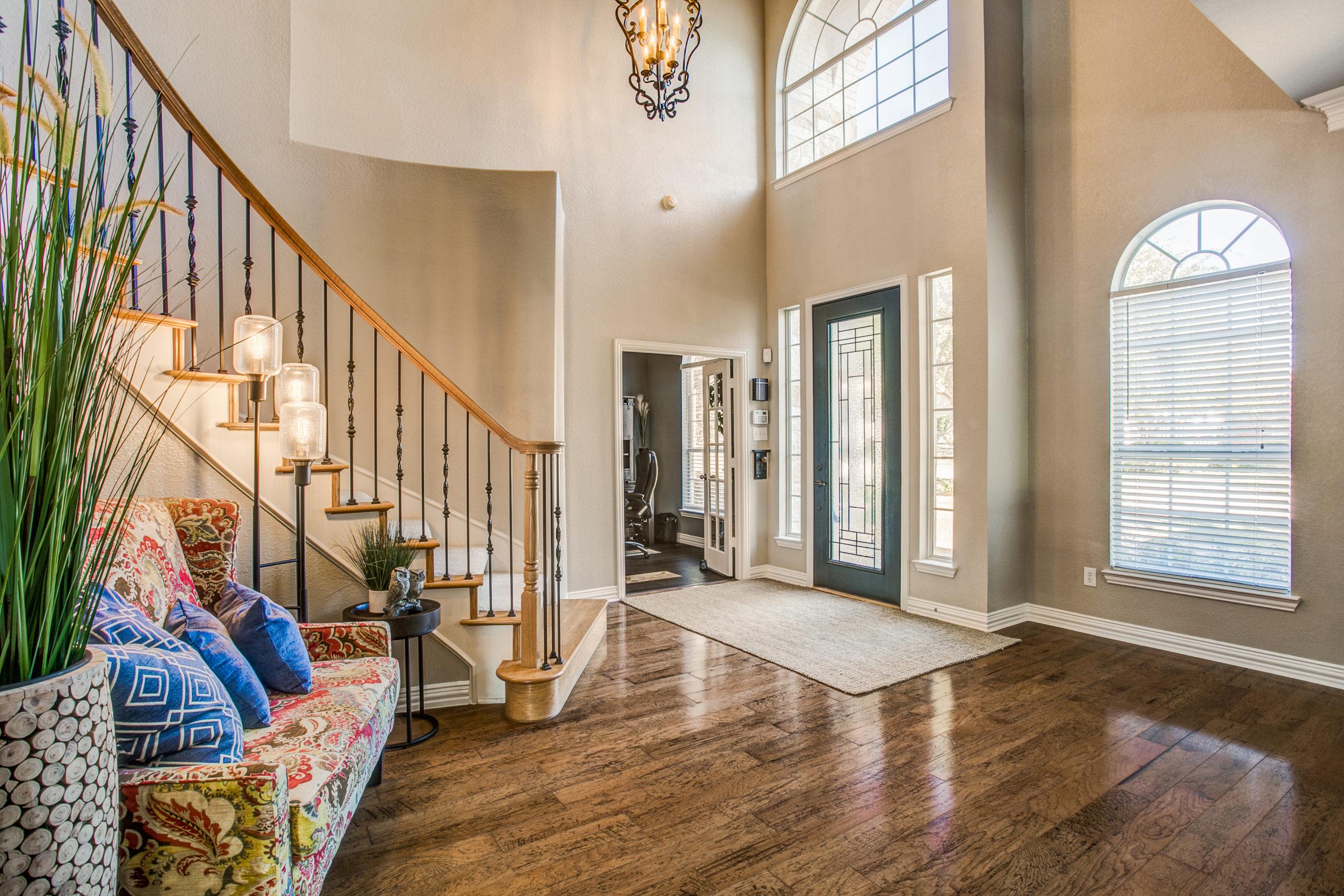 1708 Winding Hollow Lane, McKinney, TX 75072