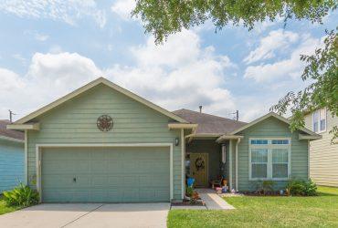 2618 C Street La Porte TX – cute home located close to Galveston Bay