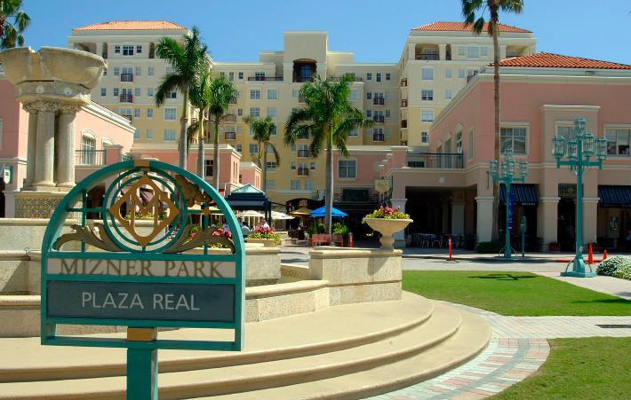 Boca Raton Mizner Park