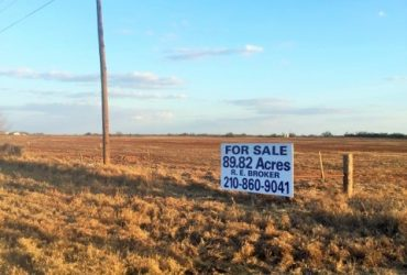 89.82 acres on 000 State Hwy 85 Dilley, TX