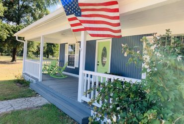 Adorable Country Home near Lake Livingston TX – $199,500