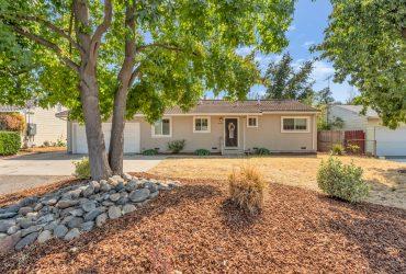 8686 Oak Avenue, Orangevale, CA 95662 – Pending!!