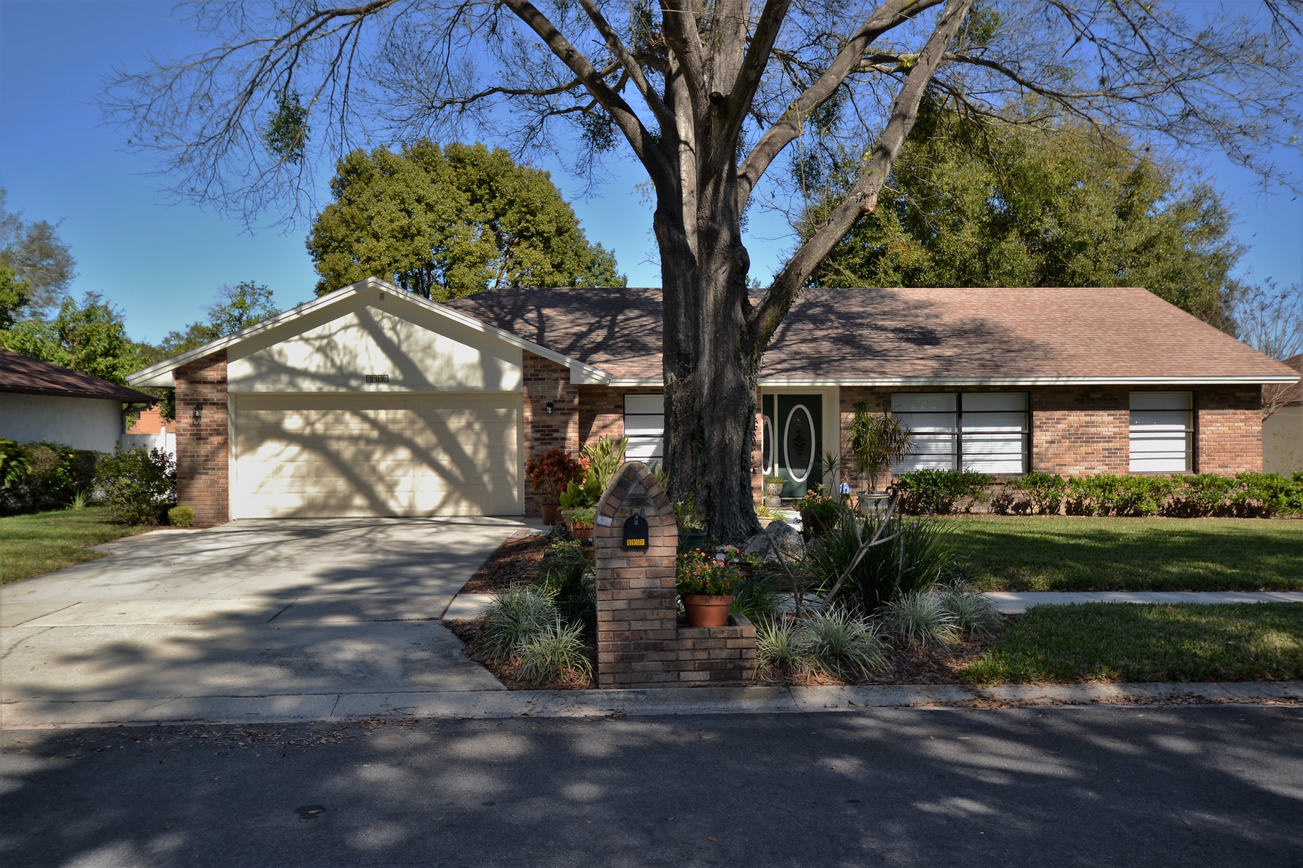 Rose Hill 4 Bedroom Oasis Pool Home.