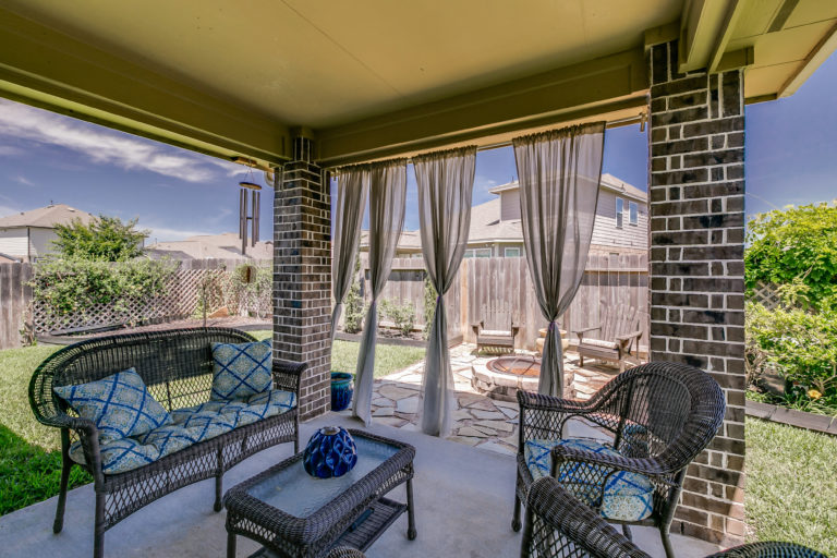 9982-spring-rock-ln-brookshire-texas-77423-patio