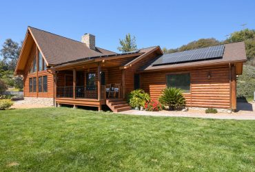 Beautiful, Custom Cedar Log Home on 8 Scenic Acres in North Escondido