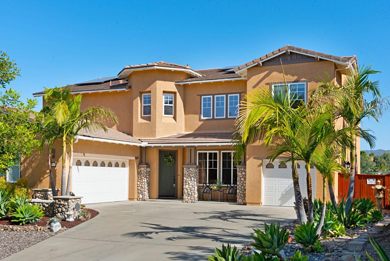 624 Ridgemont Circle, Escondido, CA 92027