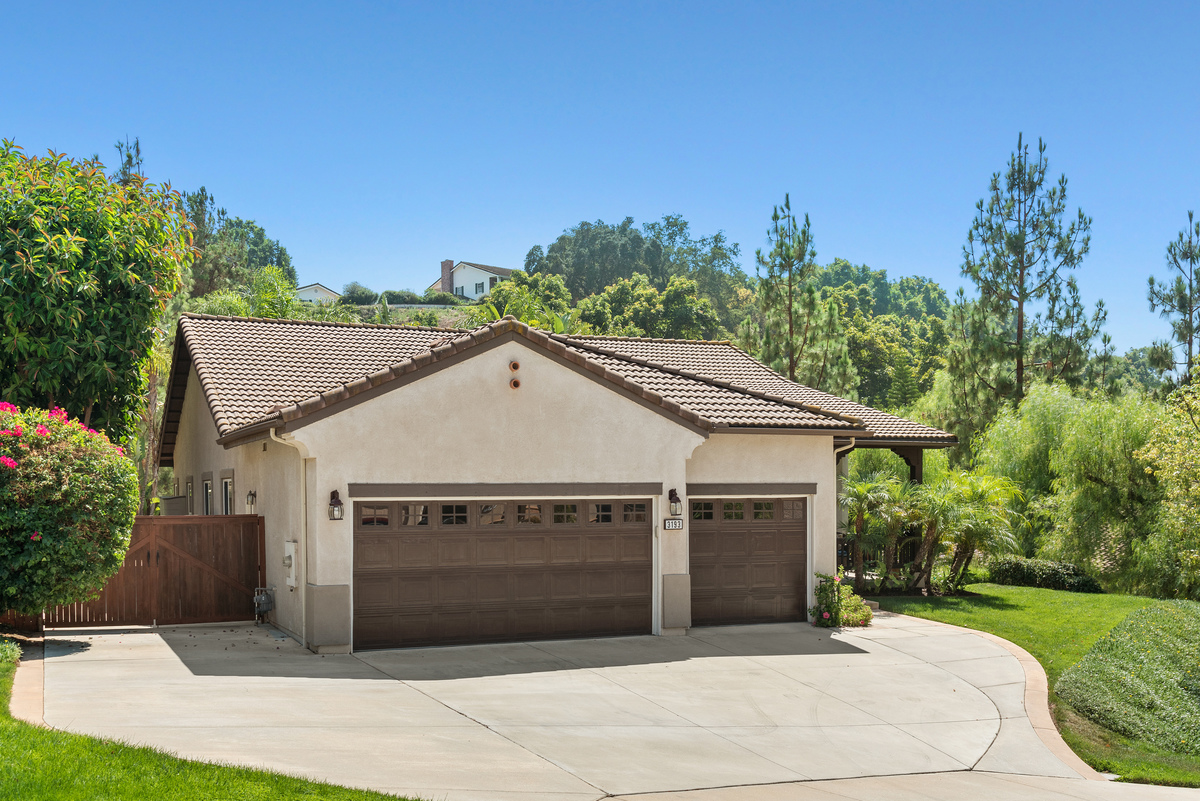 3193 Willow Tree Lane, Escondido, CA 92027