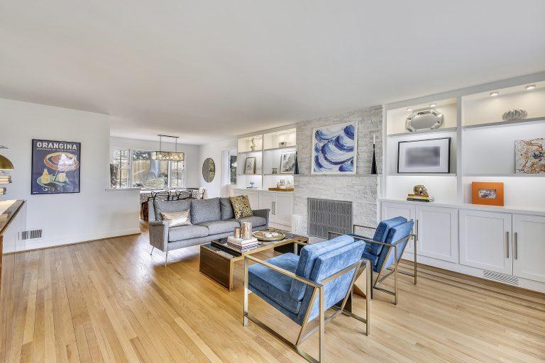 Main Level-Living Room-MG8279fsre