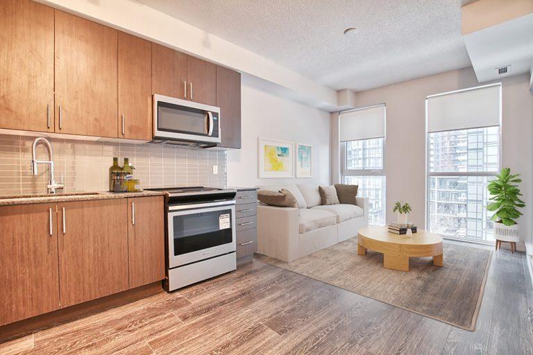 living dining kitchen 917-4055 Parkside Village Dr