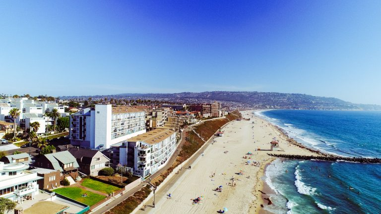 615 Esplanade #202 Redondo Beach 90277 drone from Nsmall